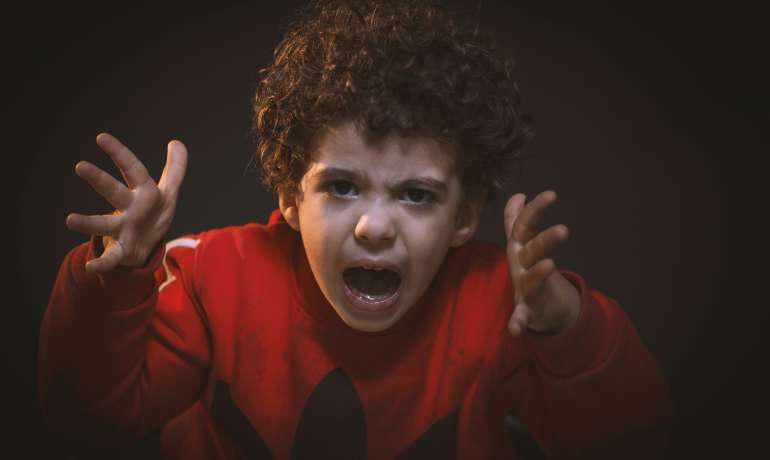 Így kezeld a gyerekhisztit Dr. Vekerdy Tamás pszichológus szerint